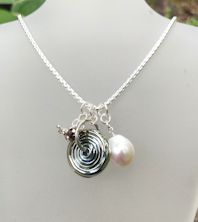 Pearl White Silver Necklace