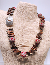 Glass Bronze Pearls Necklace